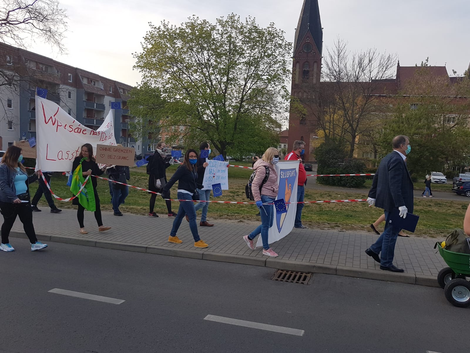 demonstrativer Spaziergang in Frankfurt (Oder)